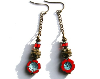 Boucles d'oreilles bohèmes rouges, bronze verre tchèque fleurs boho ethno chic gipsy rustique unique ooak turquoise