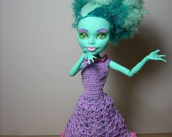 flirty dress with full skirt for the Monster High/Ever After High