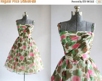 BIRTHDAY SALE... Vintage 1950s Dress / 50s Party Dress / Pink and Green Floral Dress w/ Ruched Bodice S