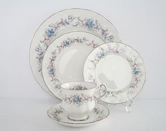4 Place Setting, Paragon England Romance Bone China Dinnerware Set, Discontinued China Tableware