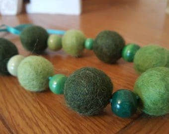 Green felt ball and bead necklace