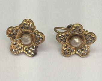 Summer Sale Marcasite and Pearl Screw Back Earrings // Clip On Vintage Earrings 1960's Glamour Costume Jewelry