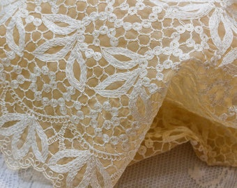 Tulle Net Lace Table Runner, Embroidered Dresser Scarf, Ivory Tea Stained, Floral Pattern, Shabby Chic Estate Vintage Linens