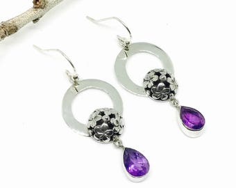 Amethyst earrings set in Sterling silver 925. Natural amethyst stones. Perfectly matched stones. Length- 1.5 inch