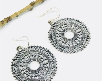 10% Ethnic, tribal, bohemian Sterling silver earring 92.5. Diameter -36mm. Weight-12gms for pair