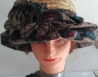 Natural straw hat and wax