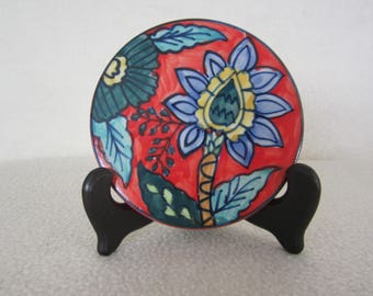 Folk-Art Round Trivet, Tile, Coaster- in vibrant colors & floral design. For the Folk-Art collection or country kitchen decor. A great gift!