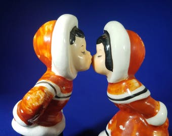 Vintage Napco 1956 Sweethearts Of All Nations Kissing  Eskimos Salt and Pepper Shakers Christmas