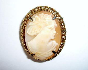 Shell Cameo Woman Pin Brooch, Gold Tone, Vintage