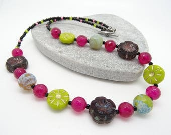 Agate Necklace, Faceted Agate Necklace, Czech Glass Necklace, Flower Necklace, Ladies Necklace, Fire Agate Necklace,