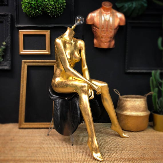Sitting female mannequin lamp