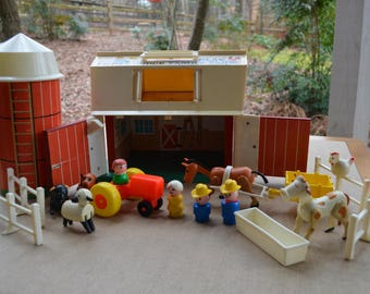 Fisher Price Play Family Farm (#915) Complete Set!