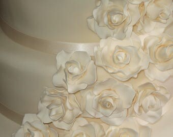 20 edible ivory wedding cake roses made from flower paste