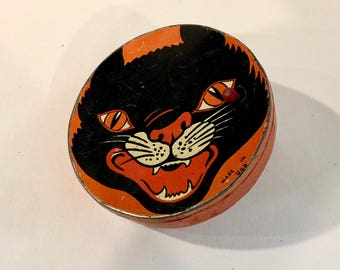 Vintage Black Cat, Halloween Noisemaker, Scary Cat Rattler, Ratchet Handle, Lithograph Tin Toy, Halloween Decor,  Made in USA, Circa 1940s