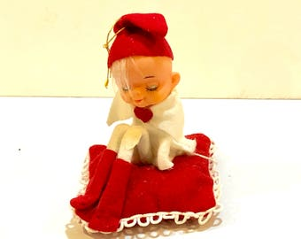 KNEE HUGGER Pixie Elf,  Valentine Pillow, Red Felt, Sleepy Eyes, Red Hearts, Mop Pets, Valentine Gift, SARCO,  Made in Japan, Circa 1950s