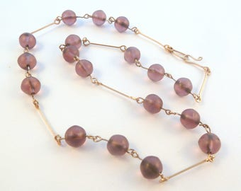 Vintage Art Deco Frosted Amethyst Glass Bead Necklace.