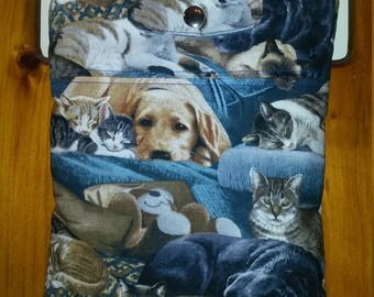 Cats and Dogs Tablet Sleeve