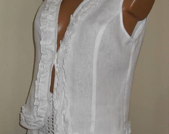 White linen bodice with curls, very beautiful, for skirt, jeans, dress, shorts.
