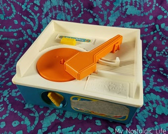80's Toy ~ Fisher Price ~ Music Box Record Player ~ Wind Up ~ NO Batteries Needed ~ NO Records ~ Ages 2-5 ~ My Nostalgic Life