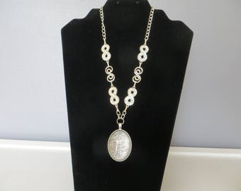 """NECKLACE with silver glittery plain Locket on 925 Silver chain and charms """"Infinity"""" Strass"""