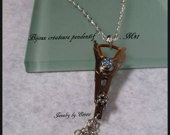 Creative jewels pendant metal. M41