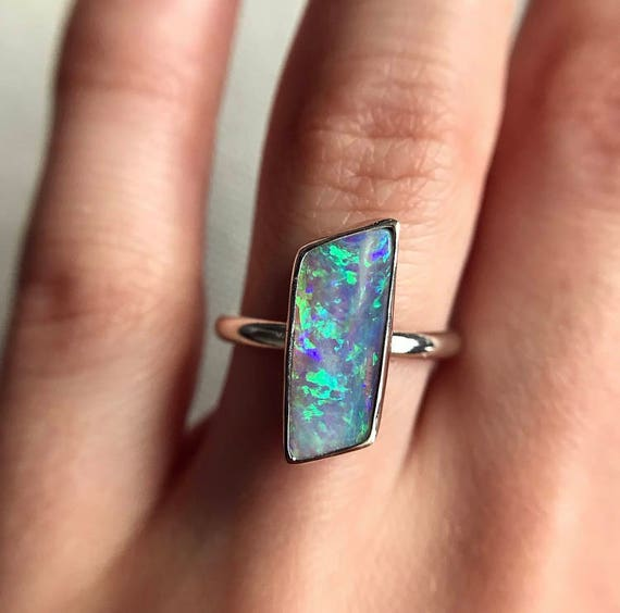Sterling silver ring with Australian crystal pipe opal SZ 5