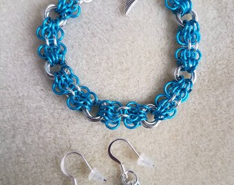 Pacific Blue & Silver Chainmaille Bracelet
