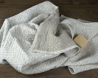 "Linen Bath Towel, 54"" x 30"" (137cm x 76cm) and FREE Wash Cloth - Jacquard Double-Woven Organic Flax Linen, Gym, Sauna, Beach Towel"