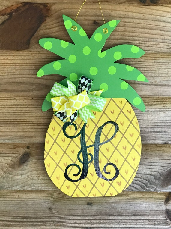 Monogram Pineapple
