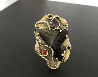 Size 8-8,5, Fossilized Shark Tooth Ring, Artisan Fossil Ring, Gift for her, Artsy fossil ring