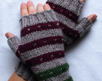 handknit fingerless gloves made with wool, mittens with colorful stripes, winter gloves, beige wrist warmers, driving gloves
