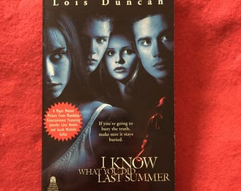 I Know What You Did Last Summer (Paperback Movie Tie-In by Lois Duncan)