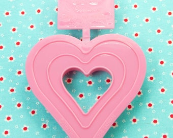 1997 Collectable Wilton Pink Plastic Double Heart Valentine Cookie Cutter Taiwan
