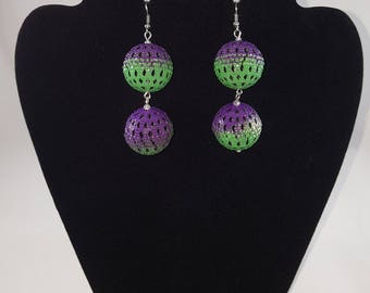 Green and purple mesh Ball dangling earrings