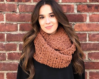 Blanket Scarf, Infinity Scarf, Chestnut Brown Scarf, Brown Infinity Scarf, Crochet Scarf, Chunky Scarf, Chunky Crochet, Circle Scarf, Fall