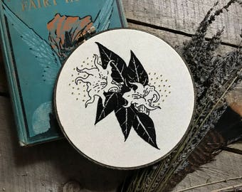 7 Inch Datura Flower Hand Embroidery