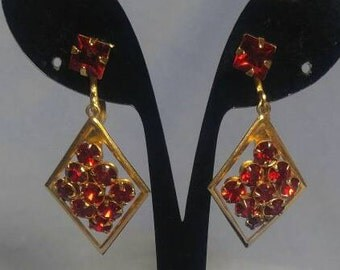 Ruby Red Rhinestone Goldtone Screwback Earrings