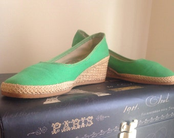 1970's Kelley Green Espadrille wedges made in USA by Americanas