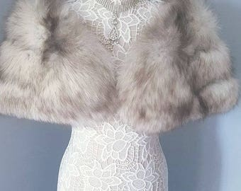 Luxury Vintage Fox Fur Stole - Norwegian Blue Fox Fur Shawl Cape Wrap Shrug Bolero Wedding - Bridal Fur - Mint Condition - Real Fox Stole -