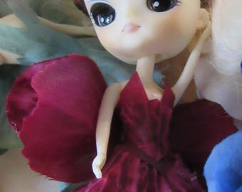 Very Berry, A Petal Pixie Sister