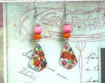 Flower Earrings, Hippie Earrings, Sixties Earrings, Colorful Earrings, Vintage Jewelry, Floral Tin Earrings, Upcycled Jewelry, Women Gift