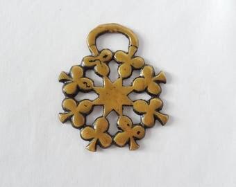 vintage horse brass medallion, shamrock, clover, brass decor, wall decor, home decor, equestrian, collectible