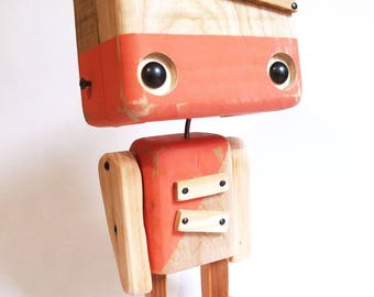 Recycled wooden robot - the two-tone wood and old rose