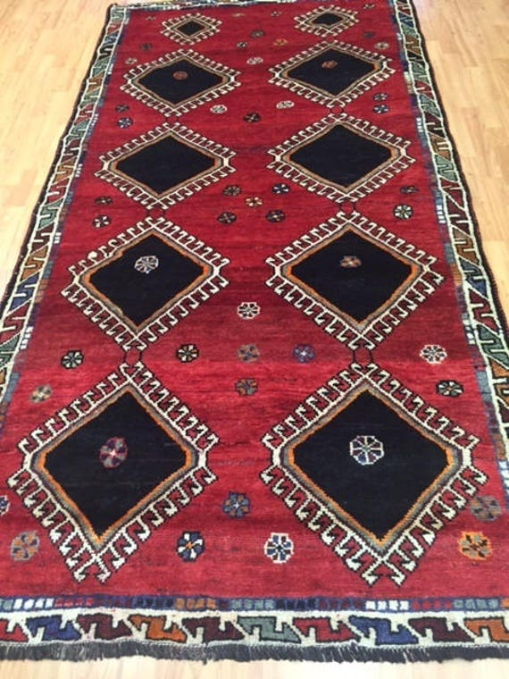 "4'10"" x 9'3"" Persian Shiraz Oriental Rug - 1970s - Gallery Size - Hand Made - 100% Wool"
