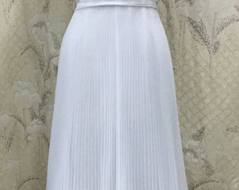 Vintage 1970s White Miss Elliette Pleated Gown