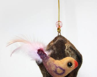 Decorative bird pink and cabin wool hanging