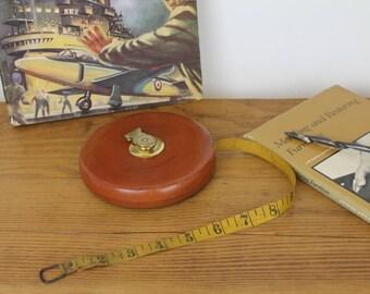 Leather Measuring Tape/Vintage Lufkin Rule Co/American Surveyors Measuring Tape/ (Ref1959F)
