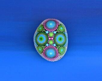 Mandala stone, hand-painted - Tiki-, dot art painting flower fairy dream ornament gift unique decor
