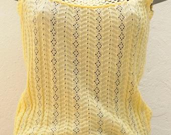 Top vintage jaune détails crochet Taille 38 FR
