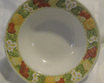 "Della Robbia 9"" serving bowl - Vernon Ware by Metlox - Made in California - oranges, apples, berries and daisies on the rim. #579"